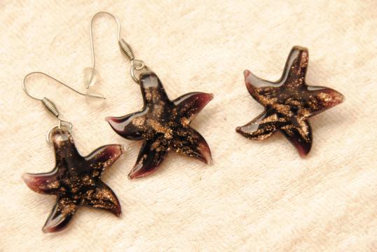 Kleiner Seestern Schmuck Set - schwarz - Anhänger und Ohrhänger