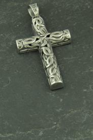 Großes Kreuz mit Knotenmuster, Edelstahlschmuck für Halsketten