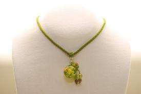 Kordel Halskette mit Muranoglas Parfumfläschchen Anhänger in grün