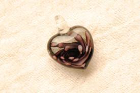 Murano Glasanhänger - lila - kleines Herz