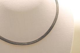 Nylon Netz Halsband in schwarz ca. 45cm