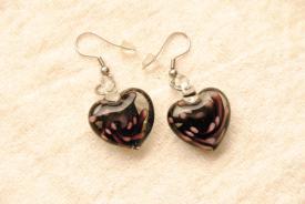 Ohrringe aus Glas im Murano-Stil - lila - Ohrhänger Herz Form